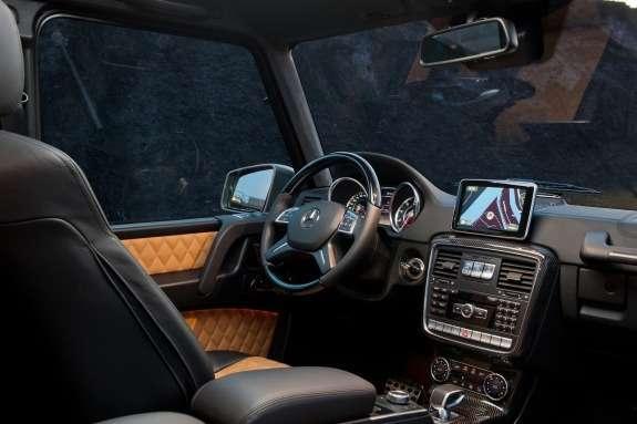 Mercedes-Benz G63AMG inside
