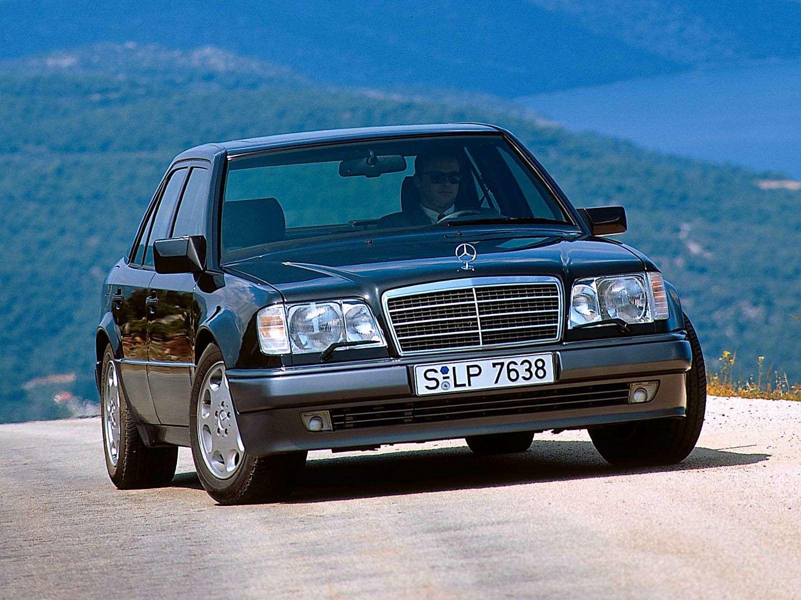 Премиальный автомобиль за200 тысяч рублей: респект изпрошлого— фото 611055