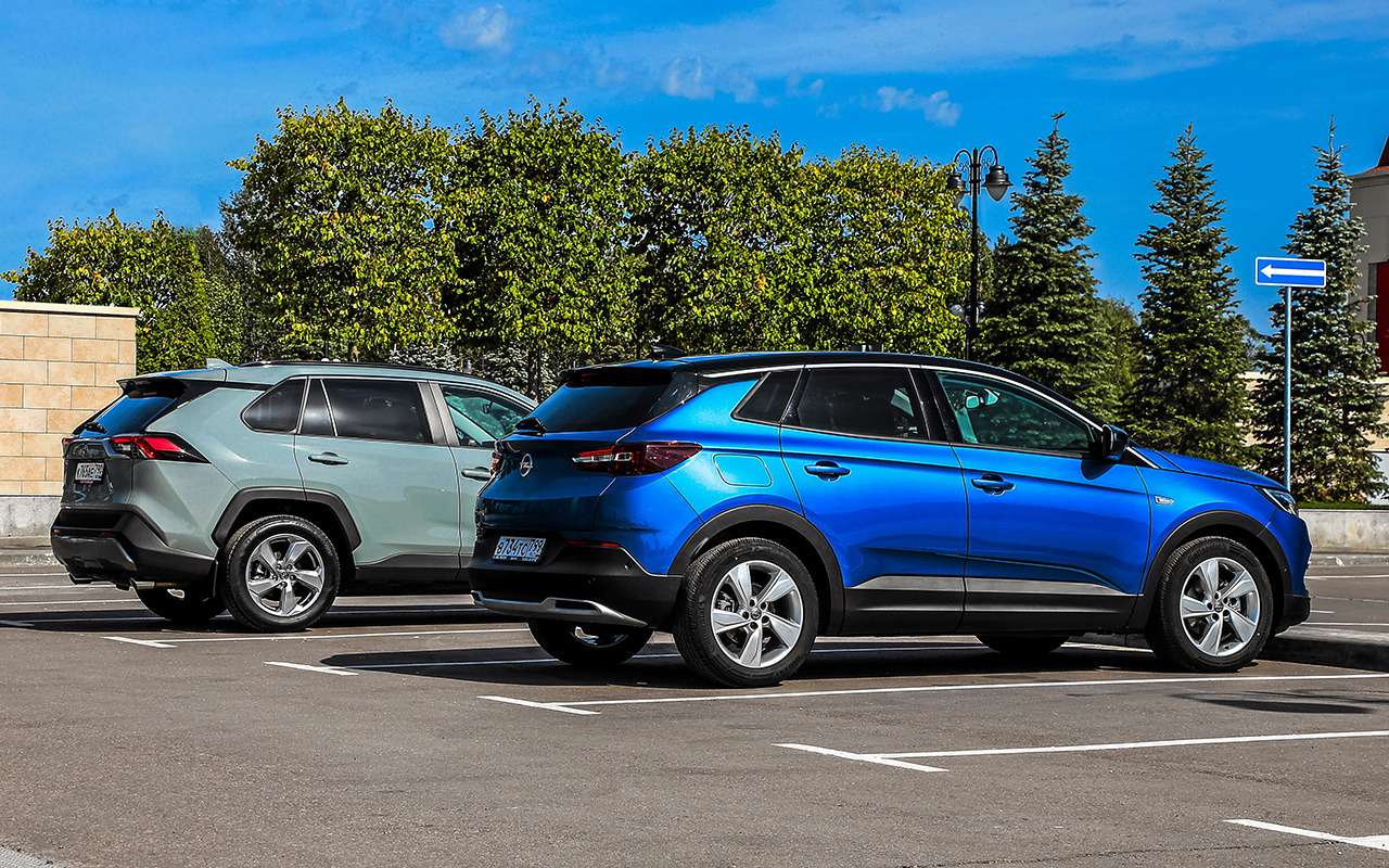 Неравный тест: Opel Grandland XиToyota RAV4— фото 1200331