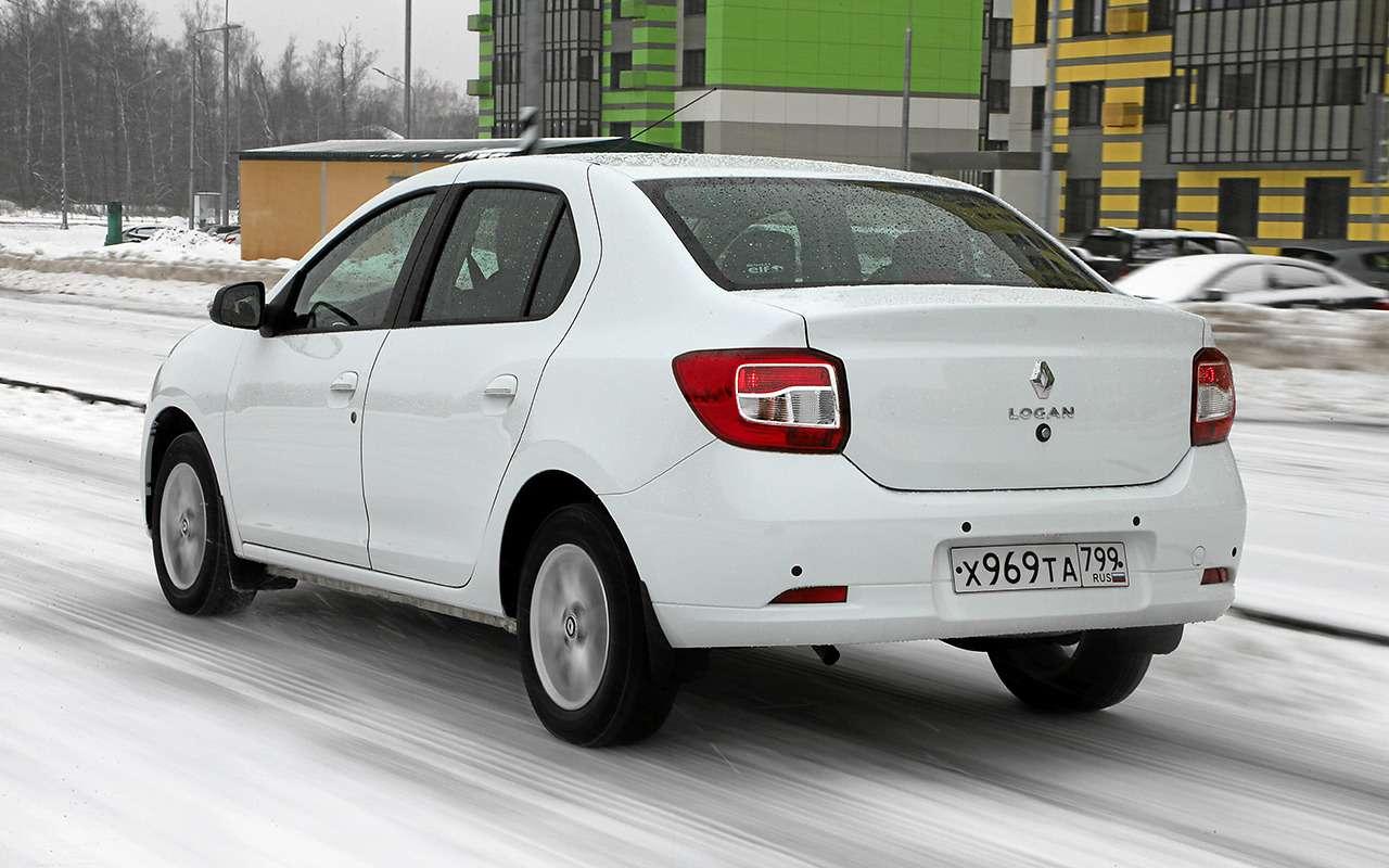Renault Logan против Chevrolet Nexia: тест самых доступных иномарок— фото 1233459