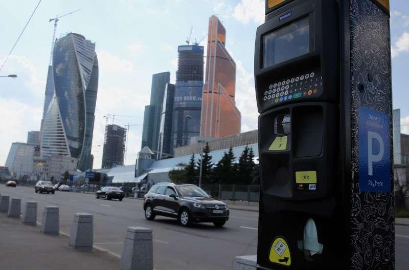 В новых зонах платной парковки уТТК скорость движения выросла на10%