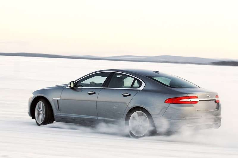 Jaguar XF AWD side-rear view_no_copyright