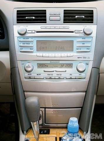 Toyota Camry. Кнам корабль плывет— фото 64333