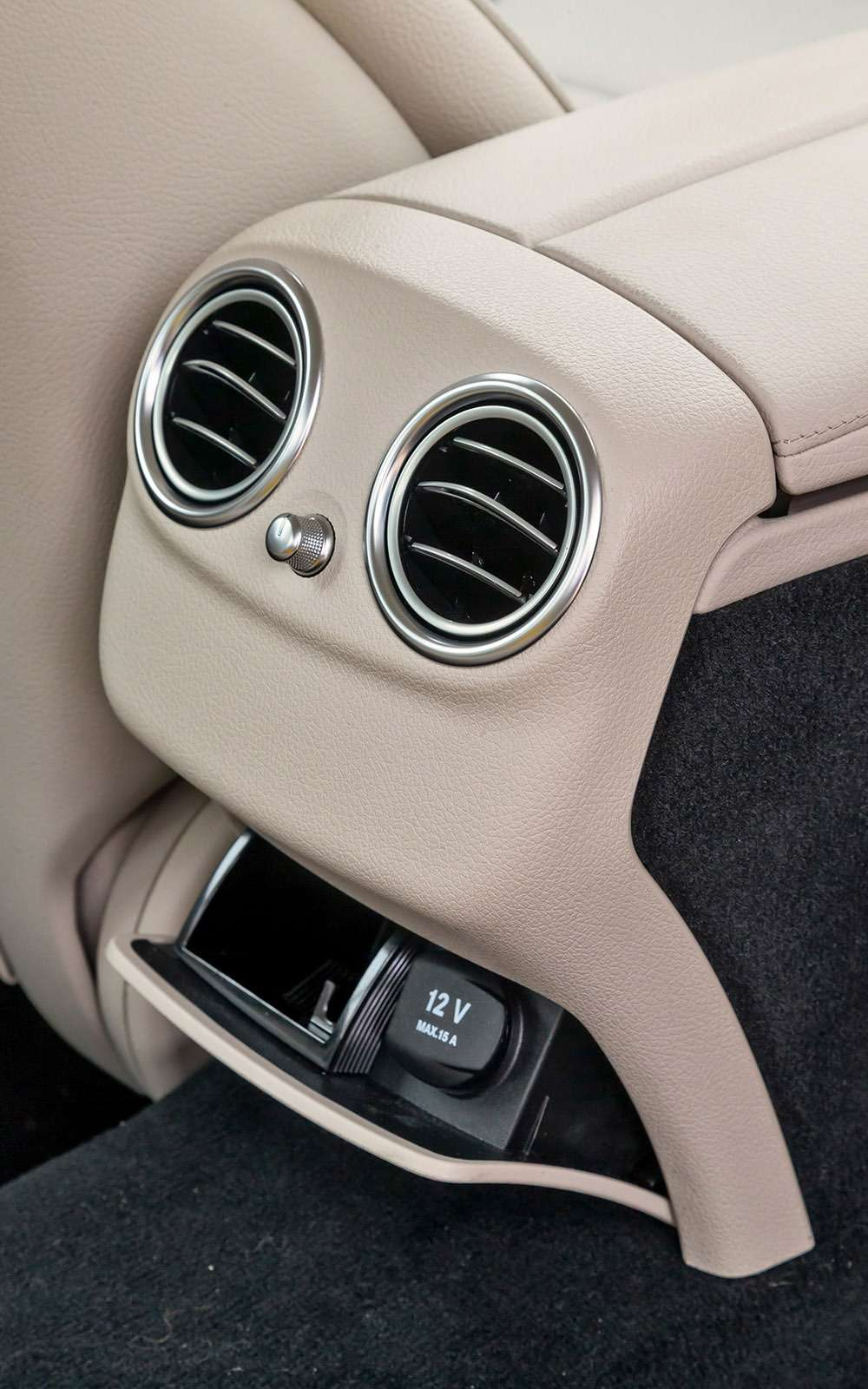 BMW5-й серии против конкурентов: кто напять?— фото 743840