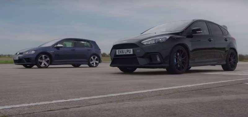 Стенка настенку: «горячие» хэтчбеки Ford иVolkswagen выяснили отношения