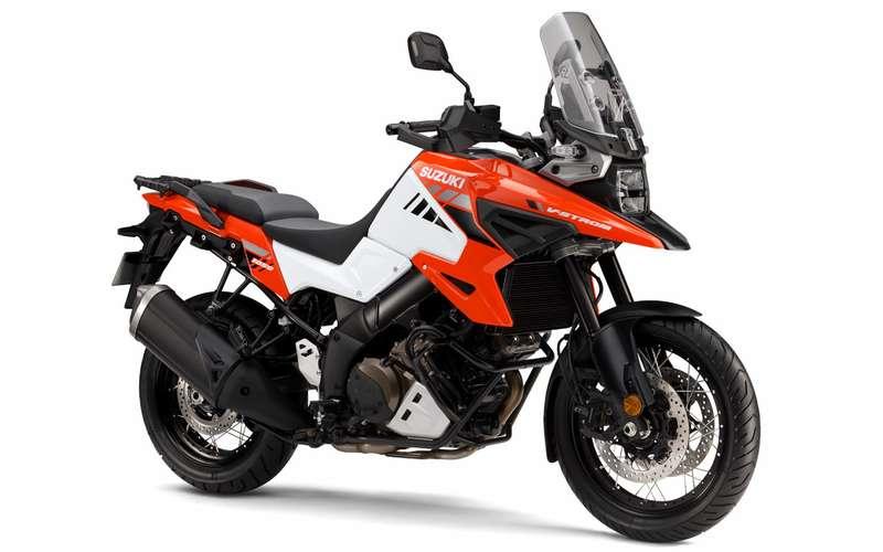 Новые «Хозяева приключений»: премьера двух моделей Suzuki