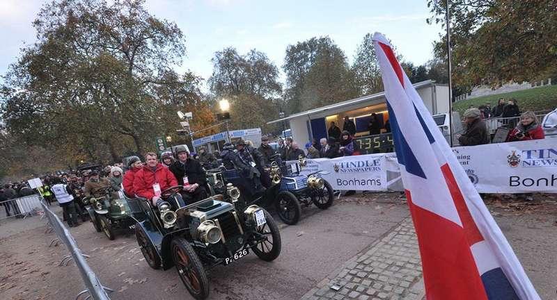 Старт исторической гонки Лондон— Брайтон внаши дни дается вГайд-парке. Фото: www.newspress.com