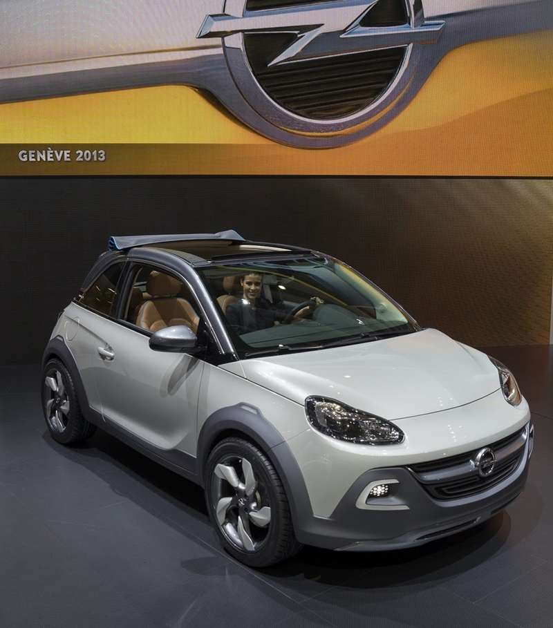 no copyright Opel Adam Rocks11