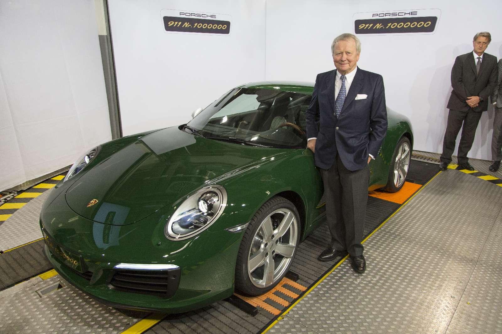 Многая лета: выпущен миллионный Porsche 911— фото 749855