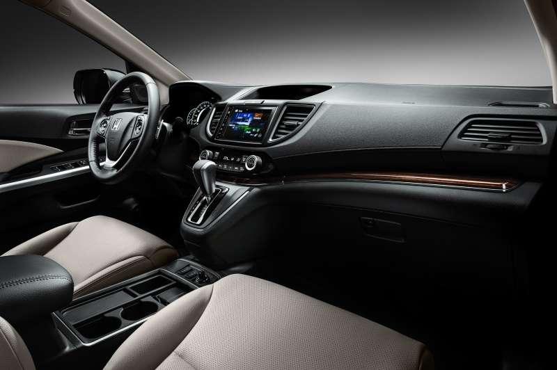 Honda_CR-V_interior_001