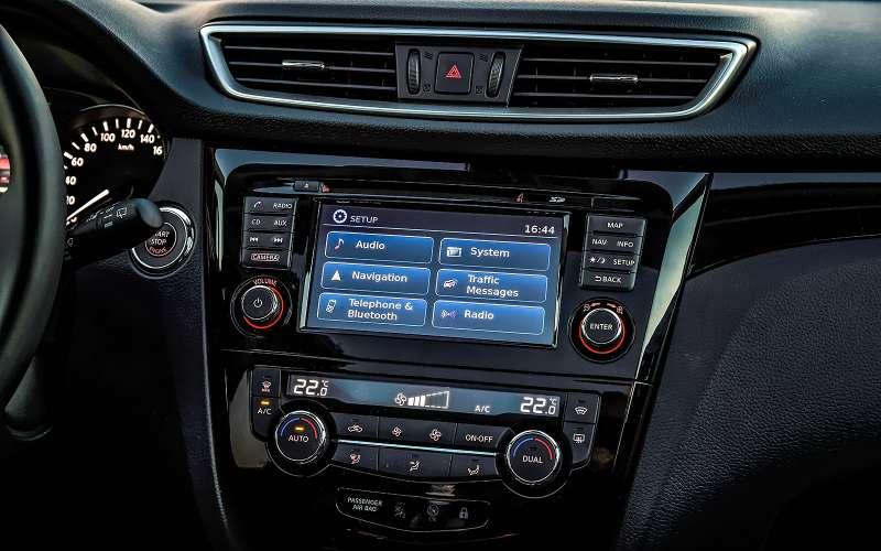 мультимедиа система Nissan