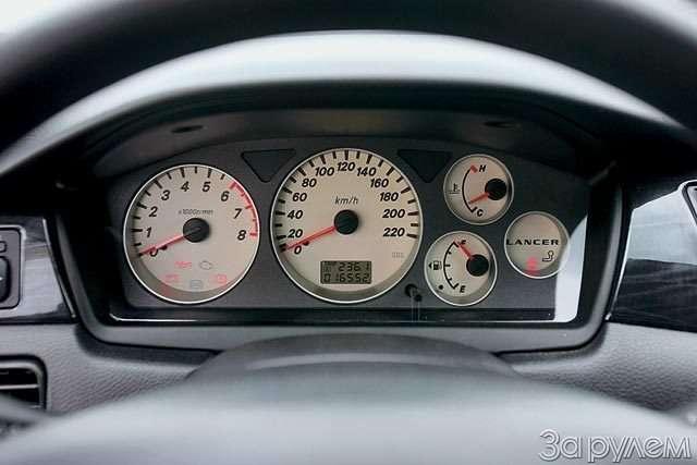 Тест Ford Focus II, Renault Megane, Mitsubishi Lancer. Двое наодного— фото 58318
