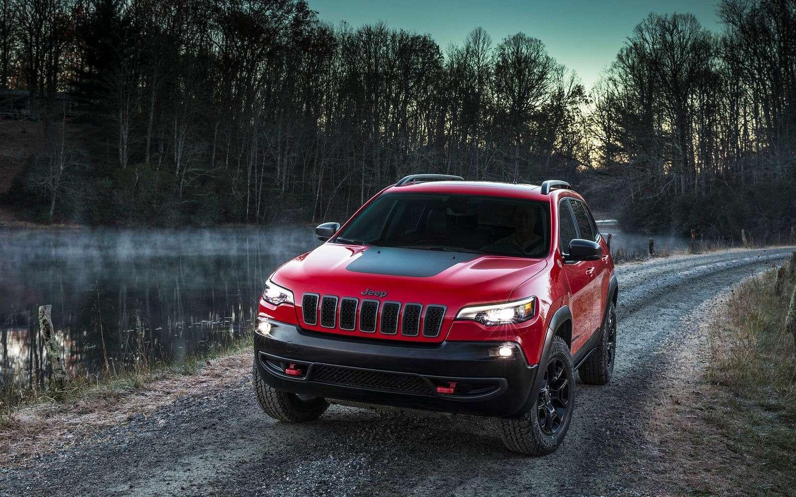 Всеобобновленном Jeep Cherokee. Когда онпоявится вРоссии?— фото 836720