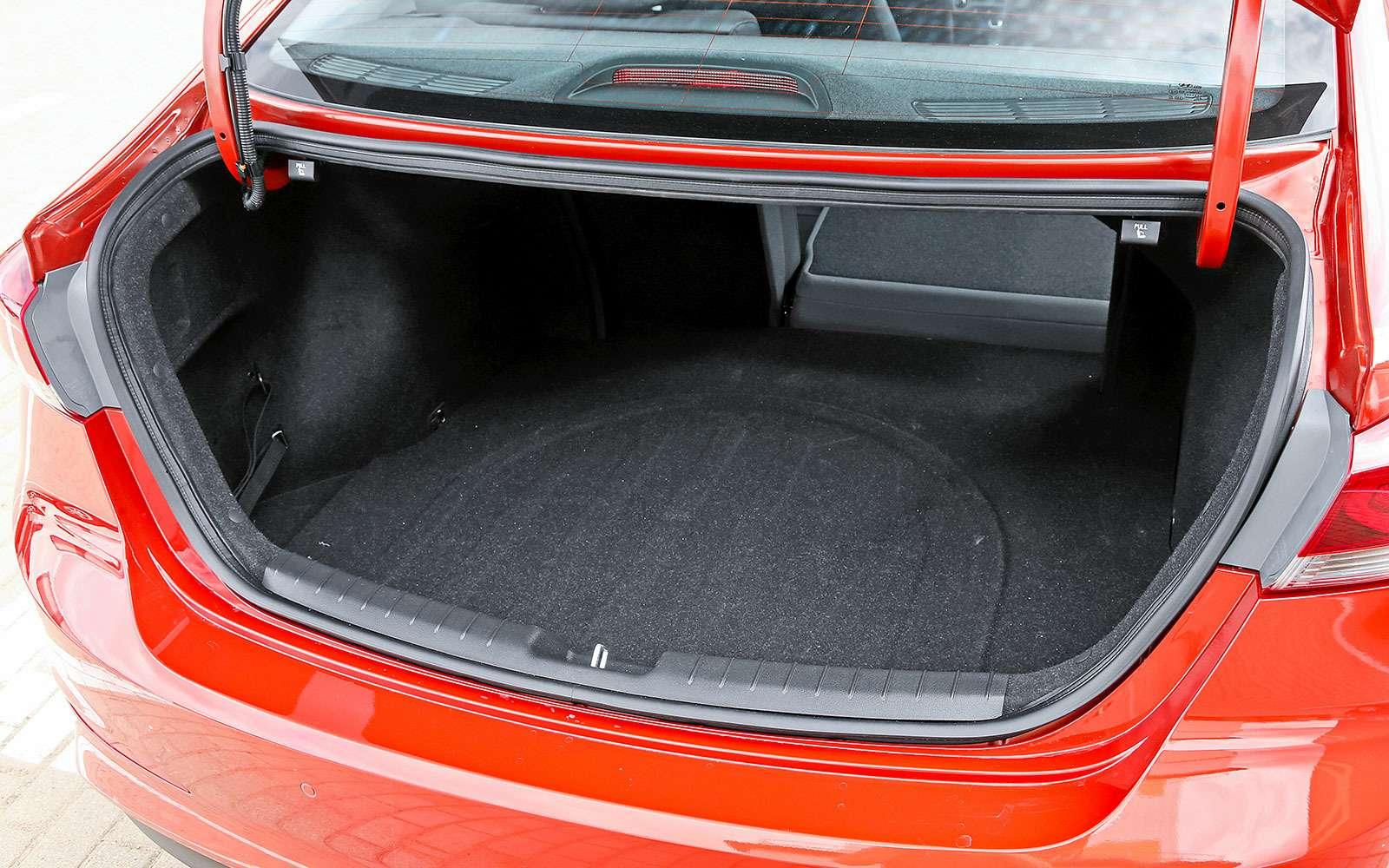 Багажник Hyundai Elantra