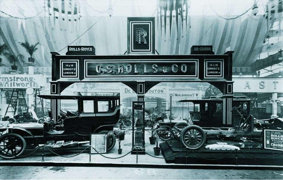 Лондон, Западный Кенсингтон, выставочный зал «Олимпия», стенд №68, 15ноября 1906 года