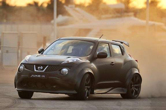 Nissan Juke-R side-front view