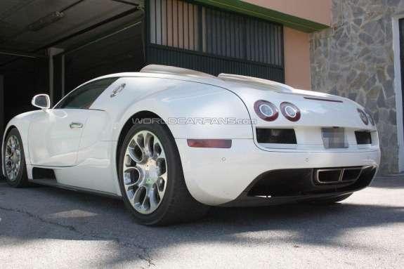 Bugatti Veyron Grand Super Sport test prototype side-rear view