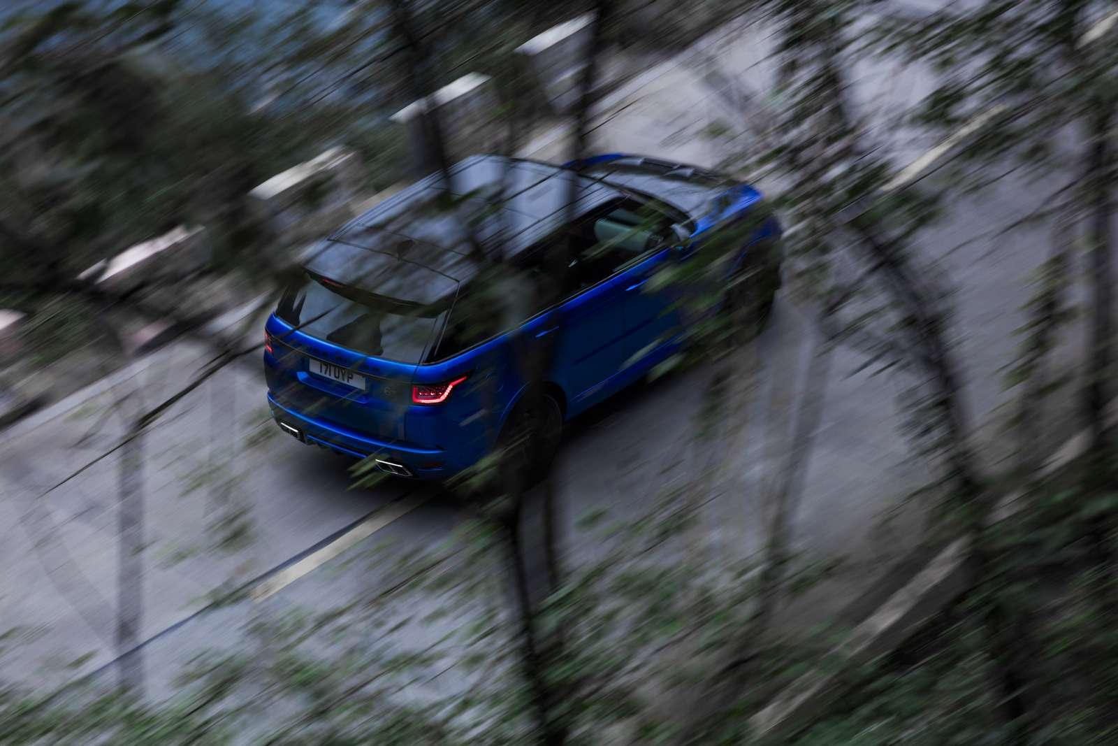 Range Rover Sport SVR оказался быстрее Ferrari нагорной дороге— фото 853309