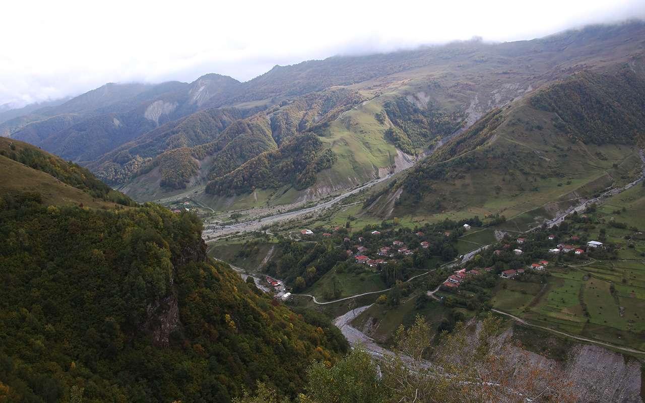 Автопробег «Зарулем»: Лады навысоте 2400 метров— фото 912177