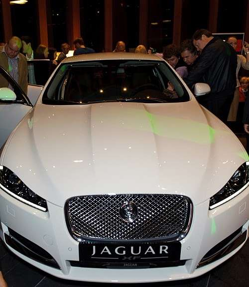 JaguarXF_03_no_copyright