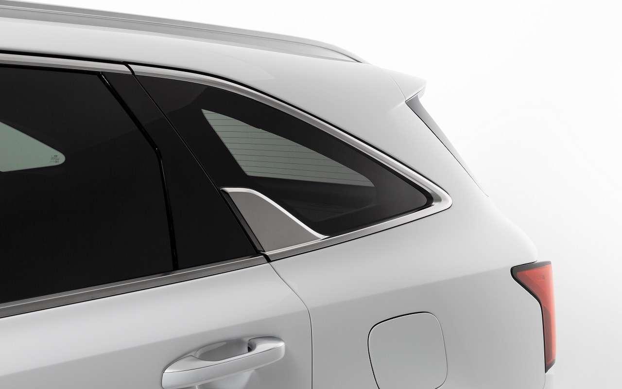 Парковка спульта: новые подробности оновом Kia Sorento— фото 1095536