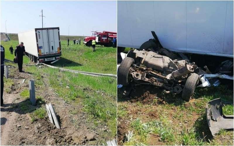 Двое инспекторов ДПС погибли подколесами фуры
