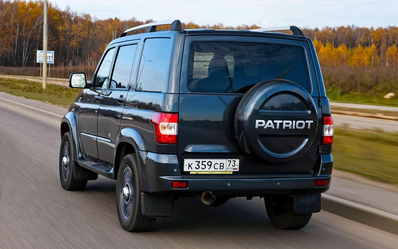 Новый УАЗ Патриот или 10-летний Land Cruiser 200: тест-драйв— фото 1058452