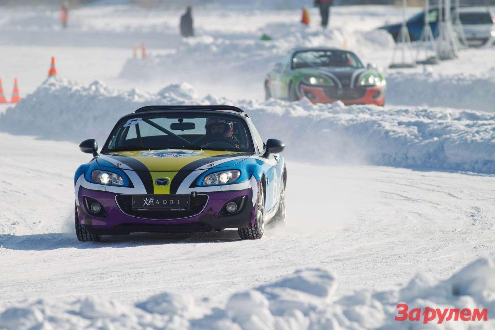 Mazda MX5Ice Race 2013     75