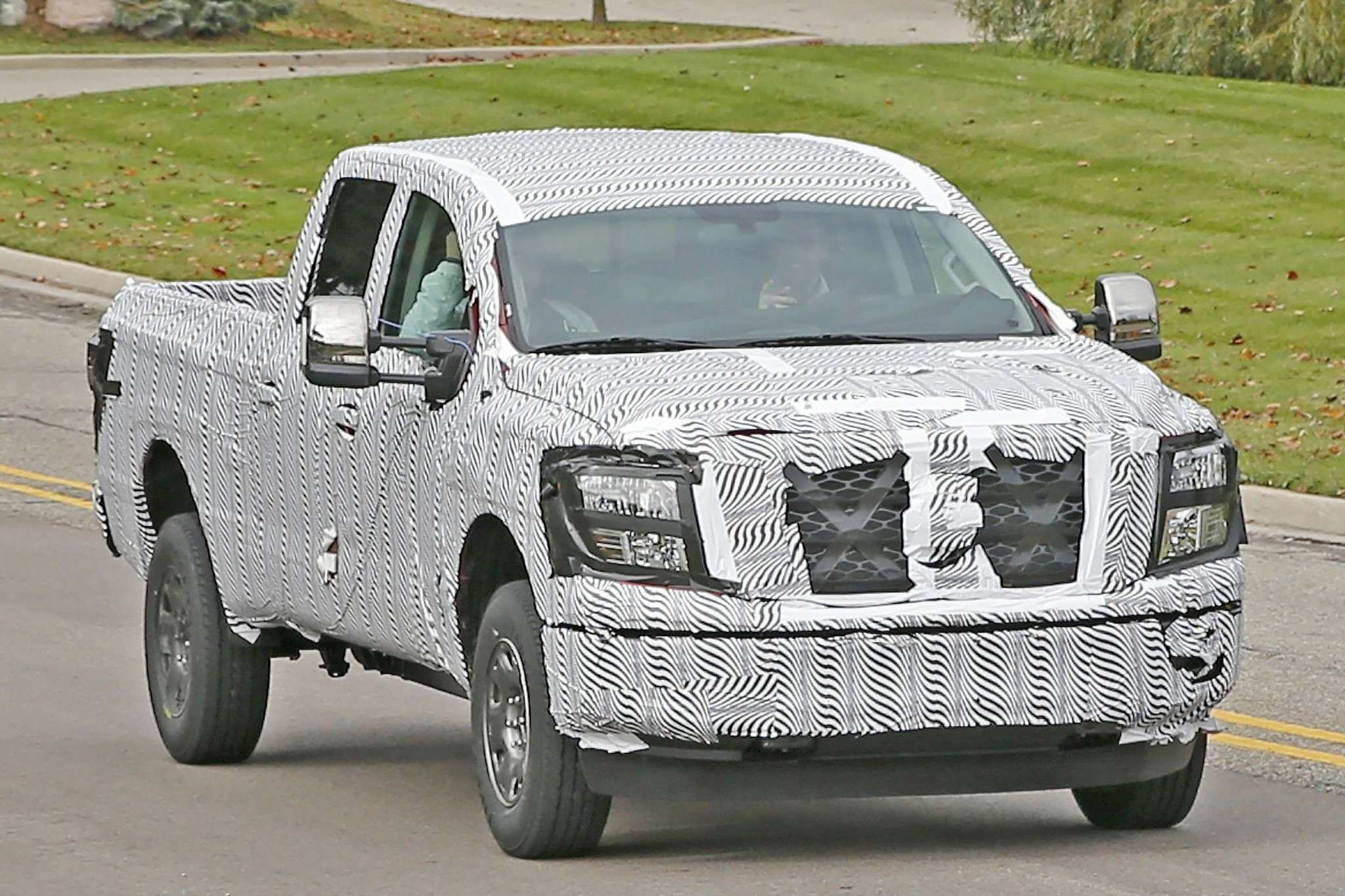 2016-nissan-titan-spied-testing-two-stage-turbo-diesel-photo-gallery_2