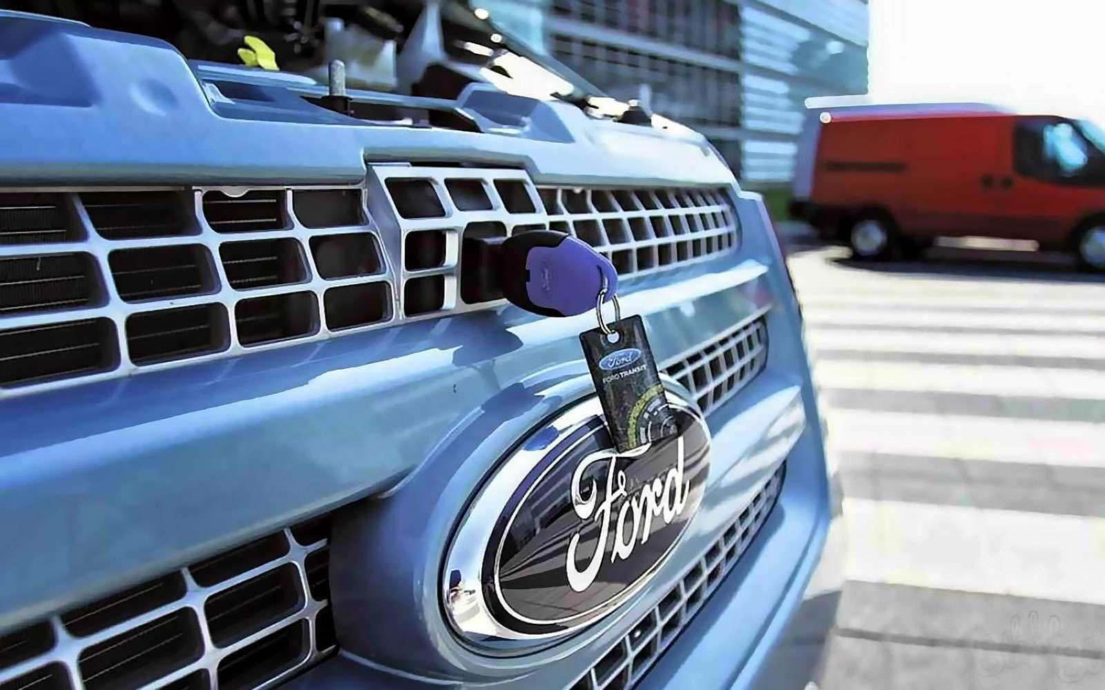 Открыть капот Форд
