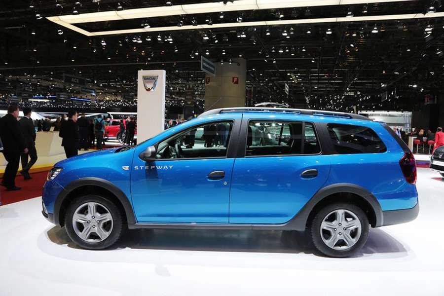 Подняться надЛоганом: Dacia представила вЖеневе кросс-универсал MCV Stepway— фото 717764