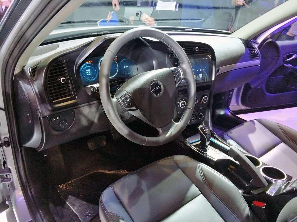 Китайцы выпустили старый Saab вместо обещанного нового— фото 823786