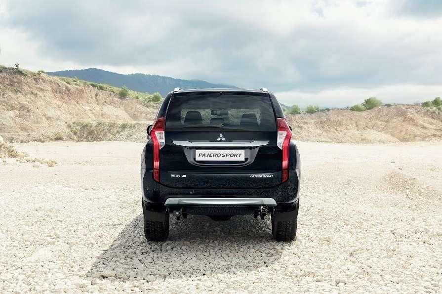 Mitsubishi объявила старт продаж ицены наPajero Sport— фото 609542