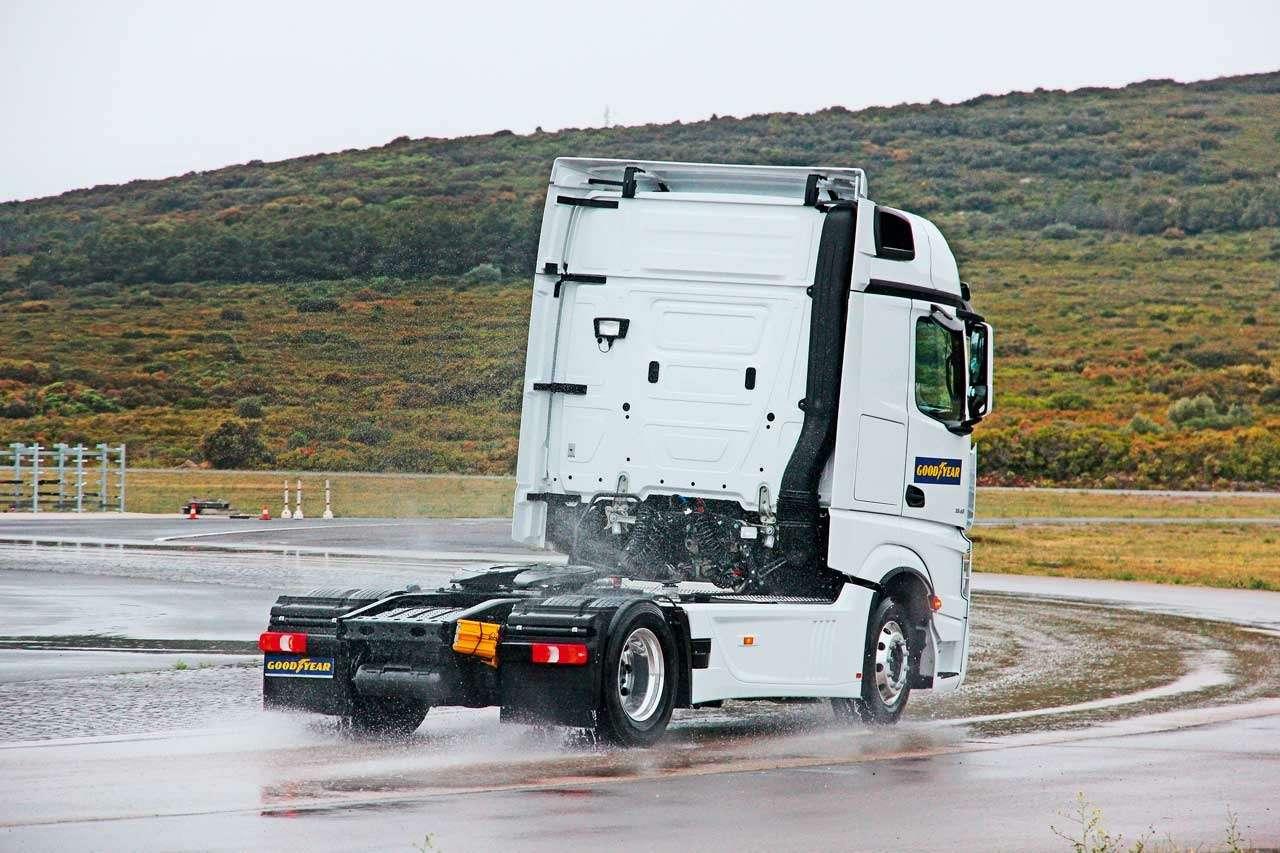 Шины грузовиков: как продлить срок ихслужбы— фото 1256437
