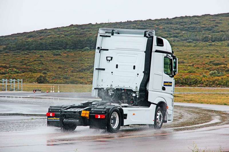 Шины грузовиков: как продлить срок ихслужбы