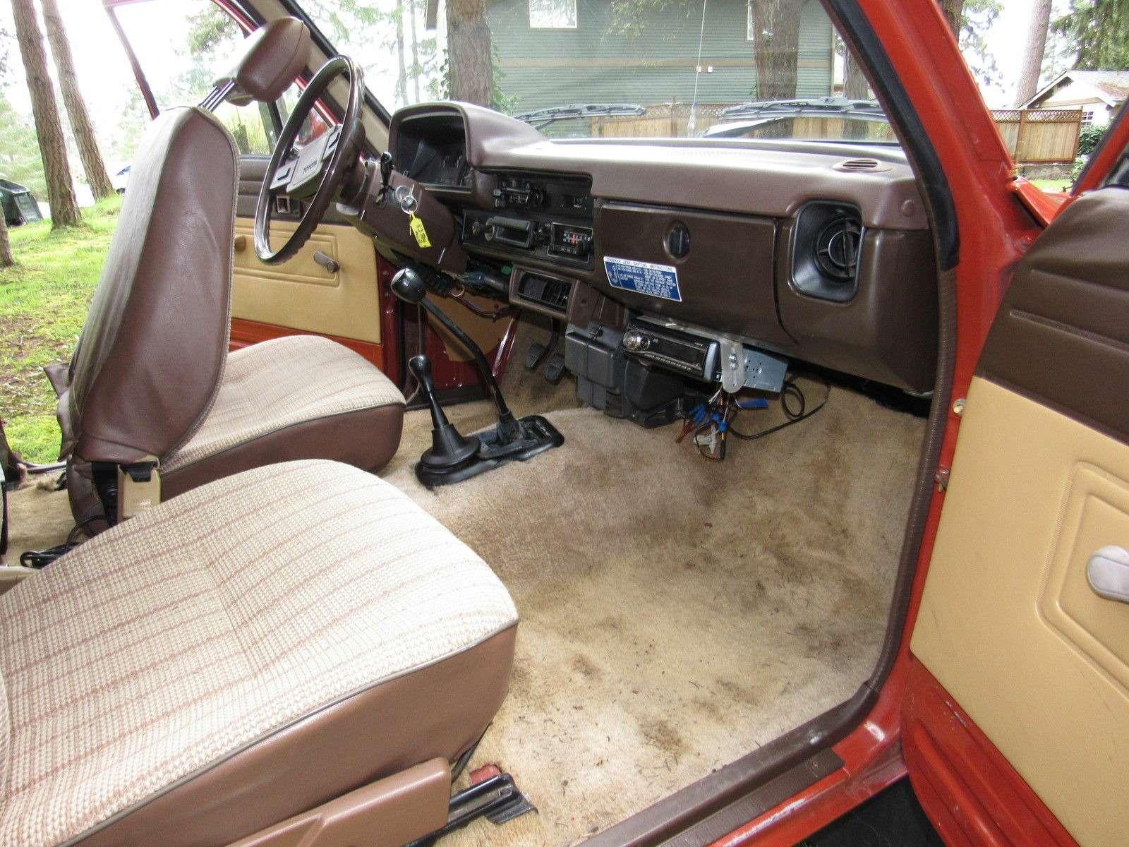 Выживший: образцовый пикап Toyota Hilux впоисках владельца— фото 735052