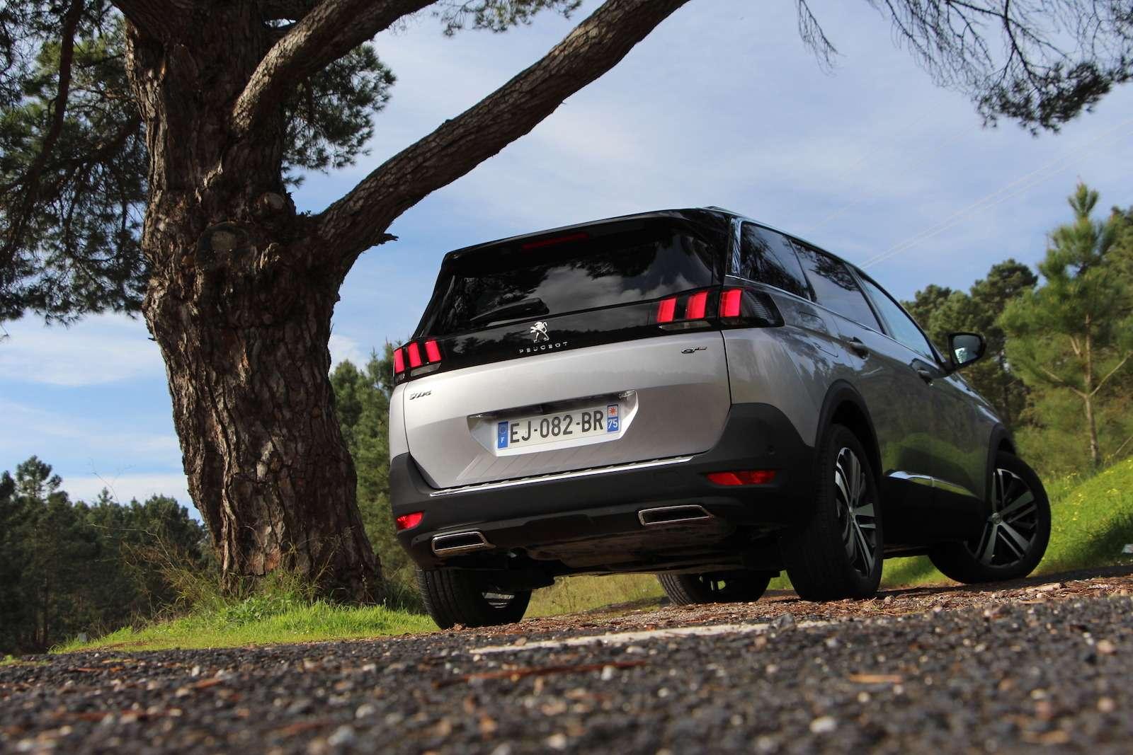 Оператив ЗР: зачем «опаркетили» Peugeot 5008?— фото 714310