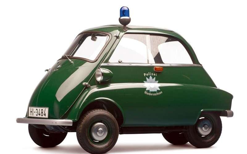 Странные патрульные машины: ужлучше вконную полицию!