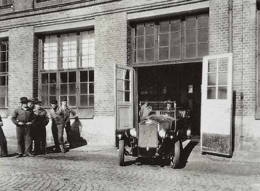 4 The start of Volvo production in Goteborg 1927 no copyright