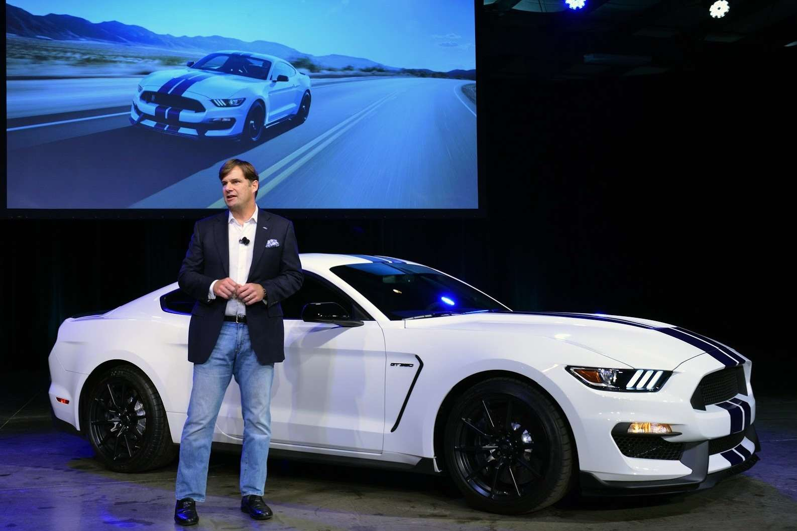 New-Ford-Mustang-Shelby-GT350-06