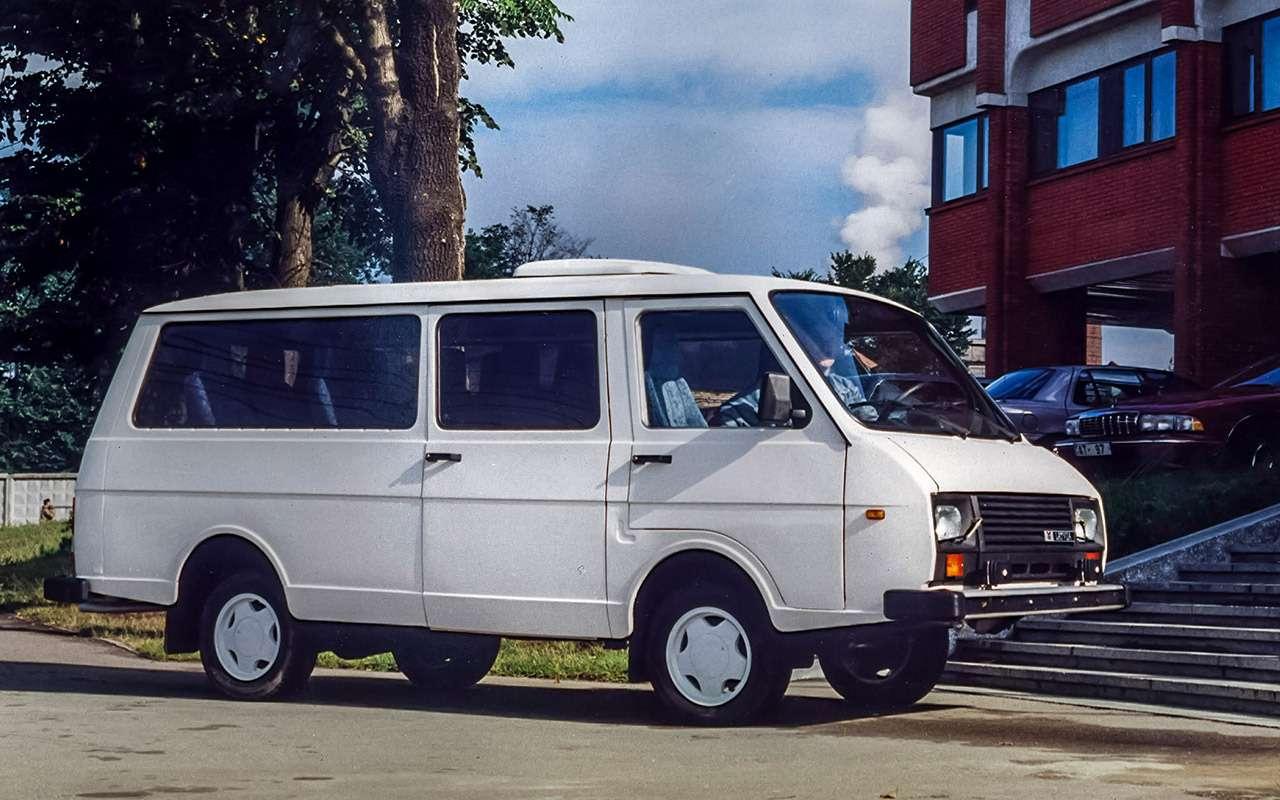 Тотсамый «рафик»: полная история главного микроавтобуса СССР— фото 1218815