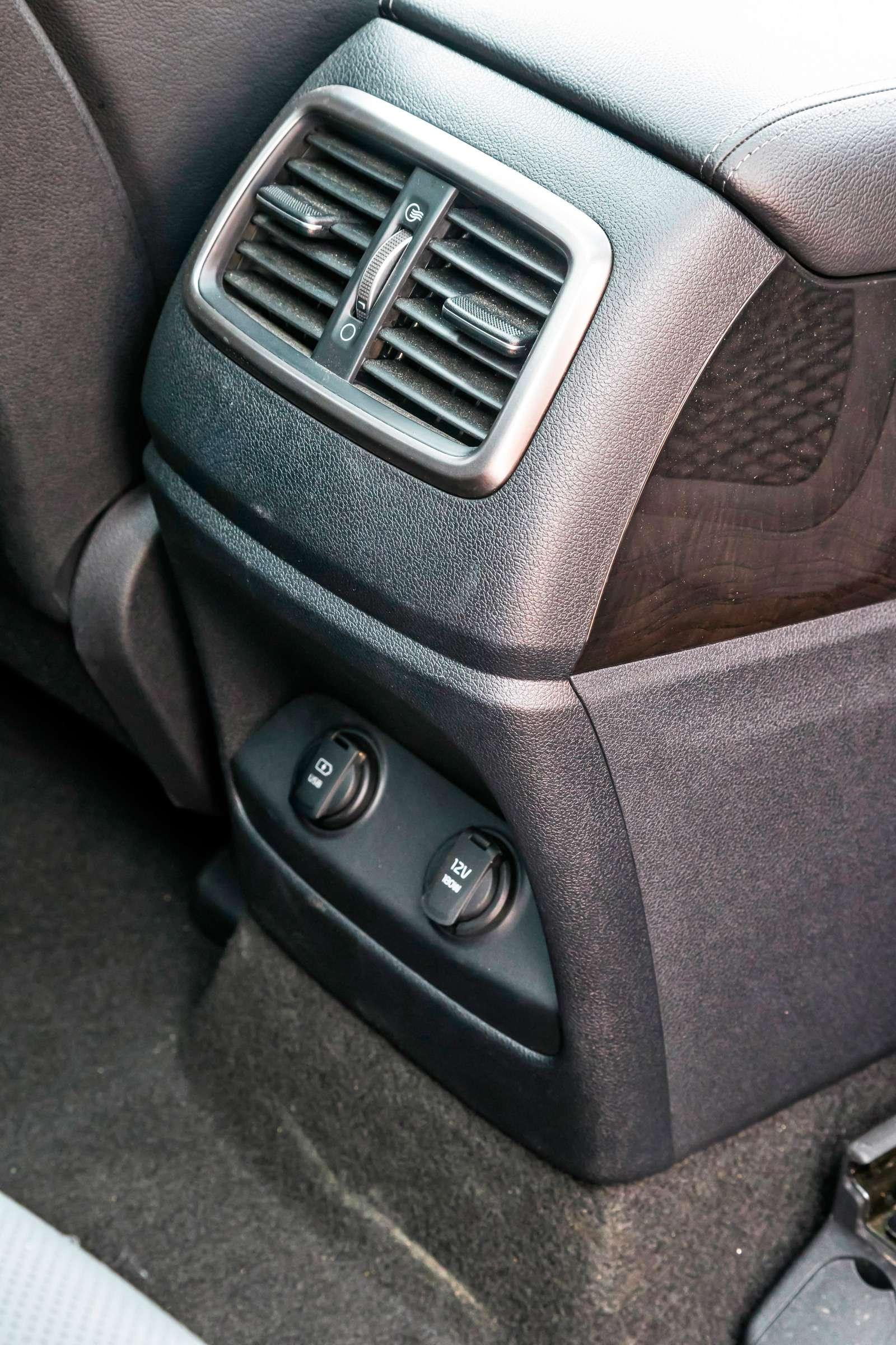 Тест полноразмерных кроссоверов: Honda Pilot, Kia Sorento Prime иFord Explorer— фото 614993