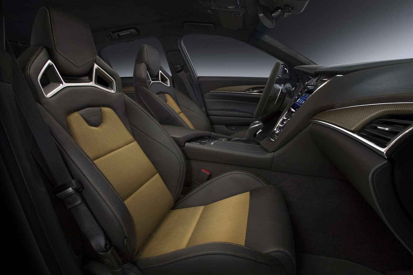 2016-Cadillac-CTS-V-Sedan-5