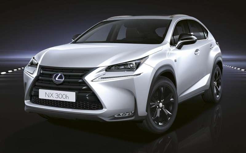 Toyota и Lexus отзовут в России 7,7 тыс. автомобилей из-за подушек и шторок безопасности