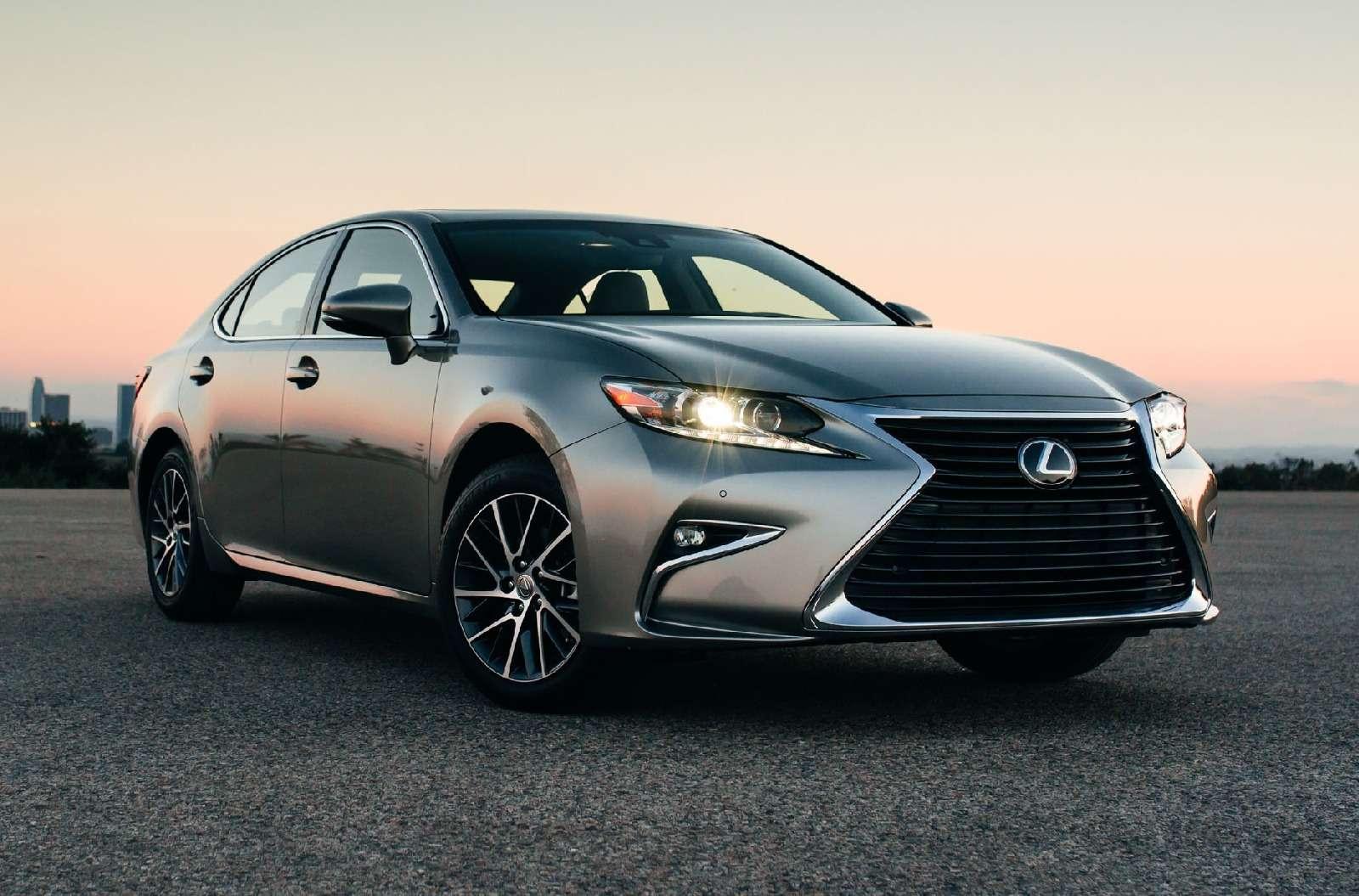 Toyota отзывает новые машины из-за риска потери управляемости— фото 572854