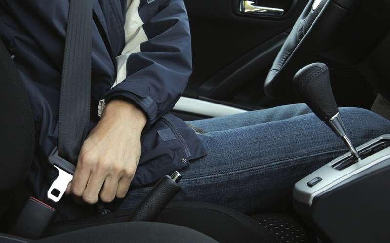 9 признаков проблемного автомобиля: просто нетратьте время