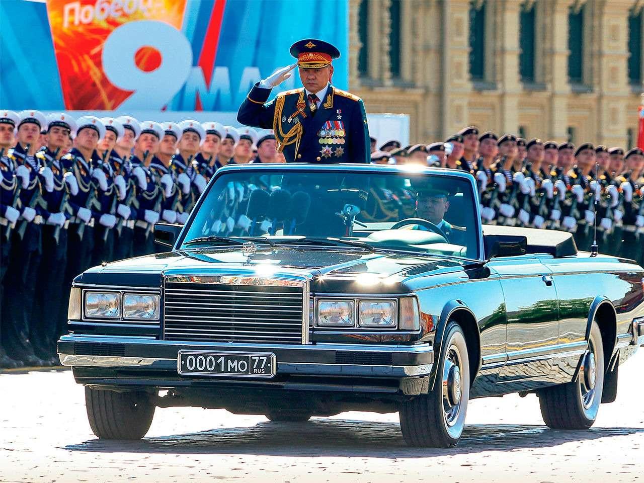 Главный автомобиль Парада Победы: кабриолет Шойгу— фото 864400