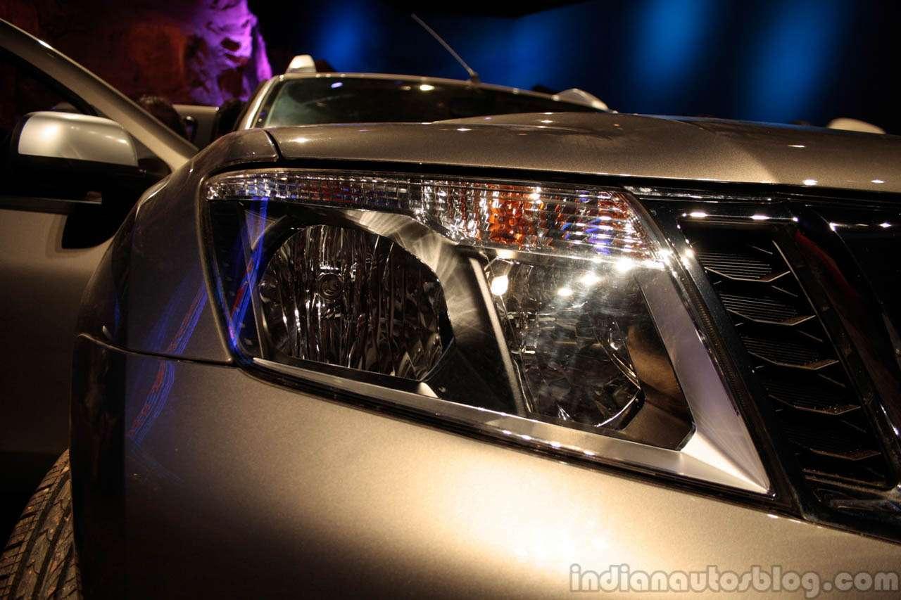 nocopyright Nissan Terrano headight