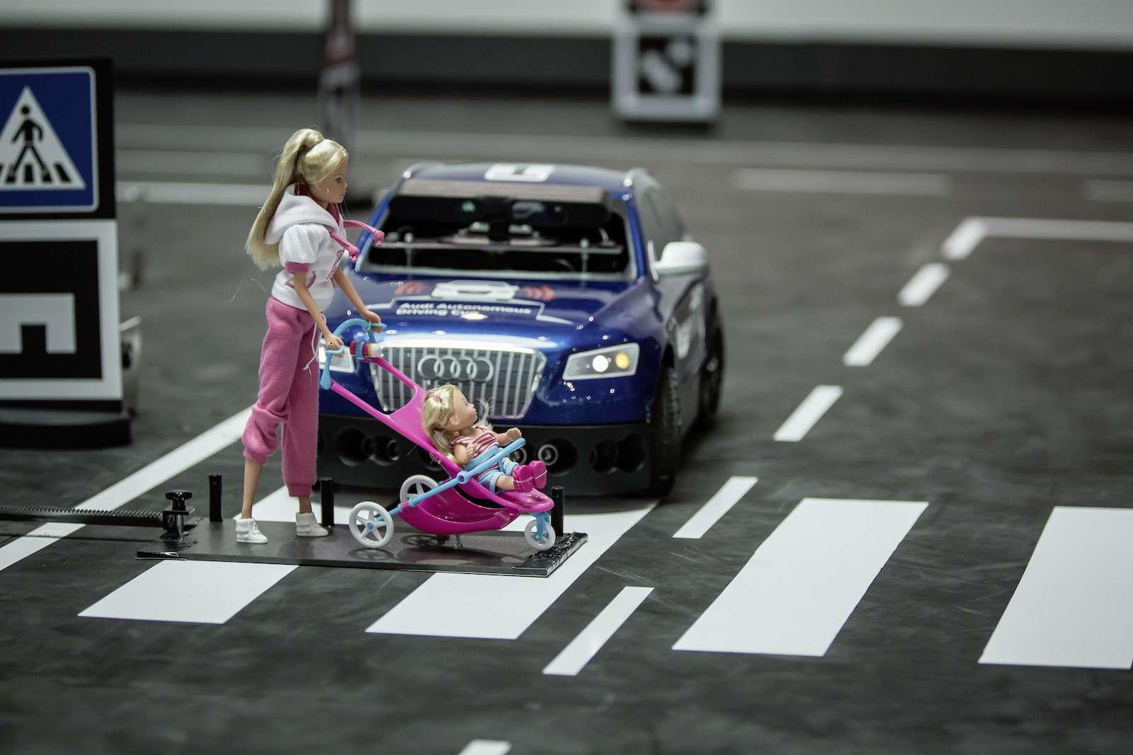 Роботы вместо футболистов, или Как водителей оставят без руля— фото 574759