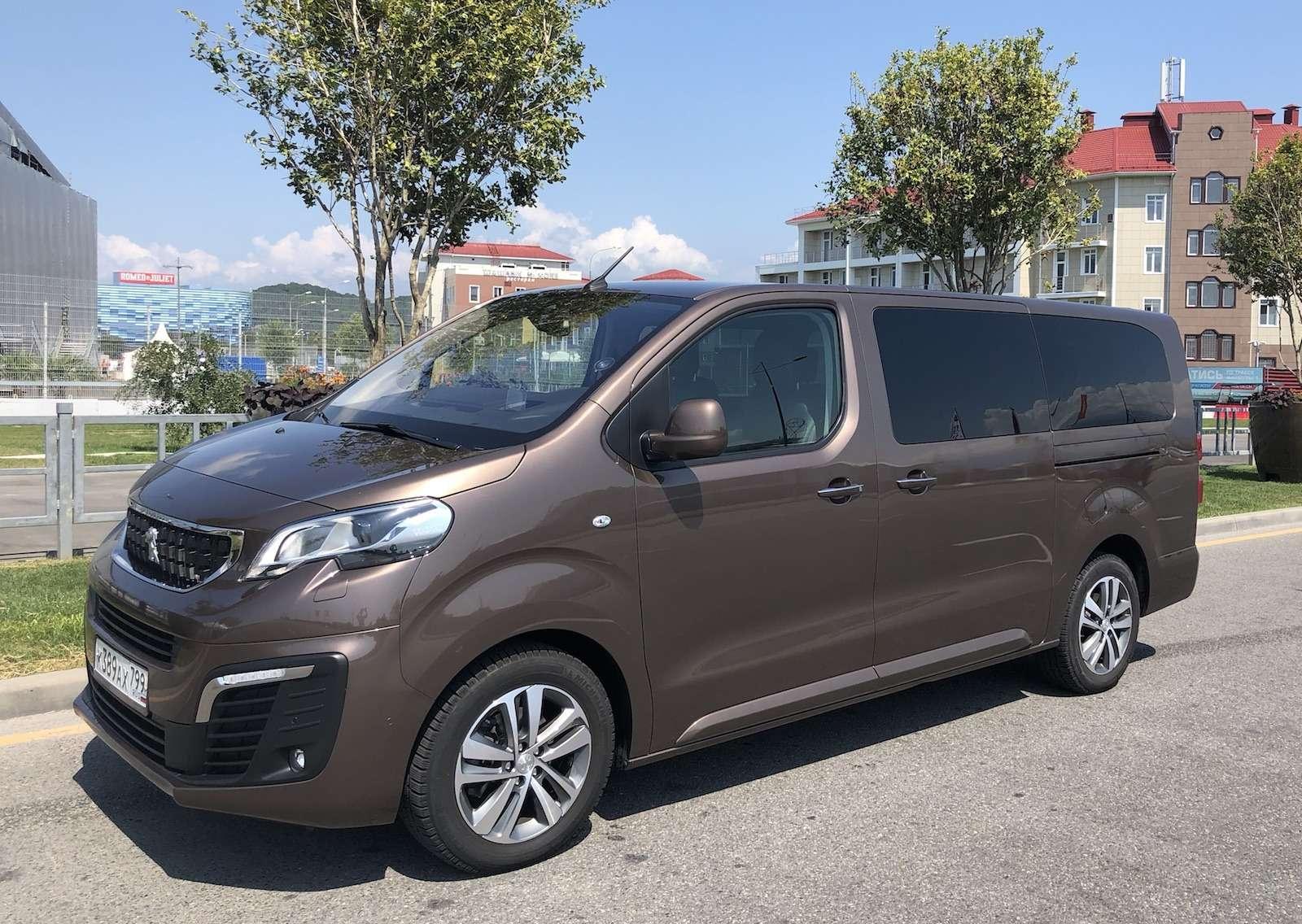 Peugeot Traveller VIP Business: сообразим насемерых?— фото 905252